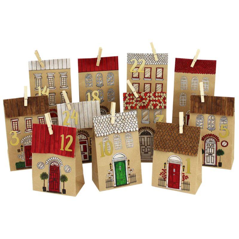 24 bedruckte Adventskalender Tüten – Häuser zum Ausmalen