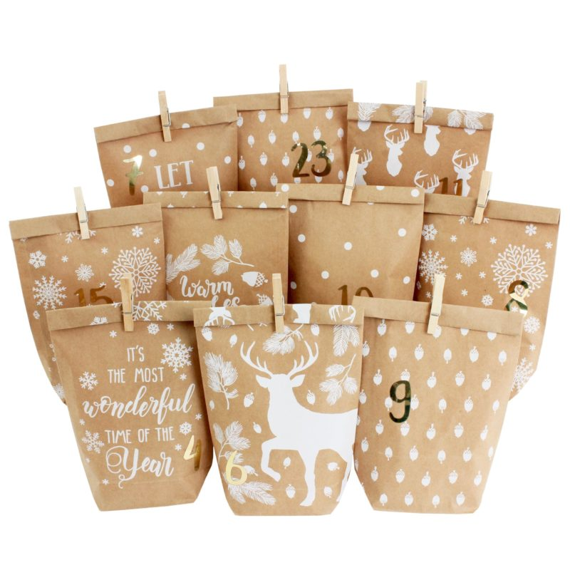 Adventskalender – bedruckte Geschenktüten – Cozy Winter weiß